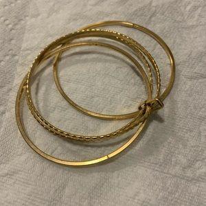 4 set locked bangles